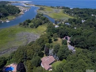 Mattituck Single Family Home For Sale: 320 Inlet View East