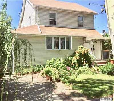 Fresh Meadows Multi Family Home For Sale: 71-12 165th St