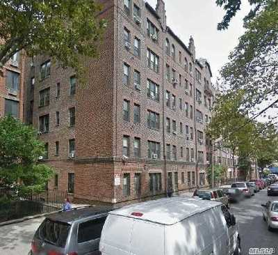 Flushing Condo/Townhouse For Sale: 42-20 Kissena Blvd #D15