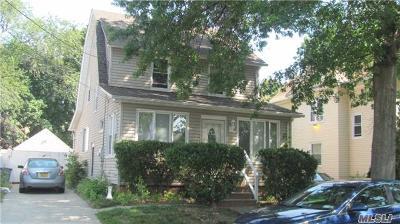 Rockville Centre Single Family Home For Sale: 35 Clinton Ave
