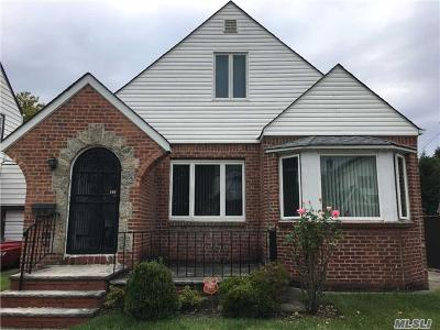 Fresh Meadows Single Family Home For Sale: 69-70 179 St
