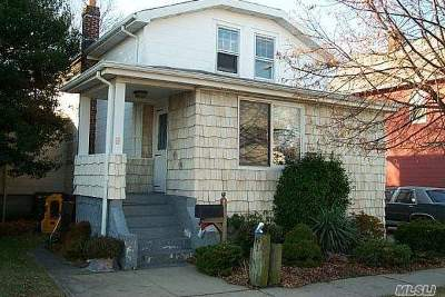 Inwood Single Family Home For Sale: 61 Maple Rd