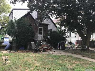 Oceanside Single Family Home For Sale: 3245 5th St