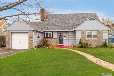 Long Beach Multi Family Home For Sale: 839 E Park Ave