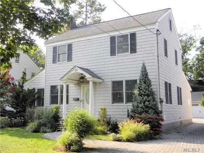 Rockville Centre Single Family Home For Sale: 29 Woodland Ave
