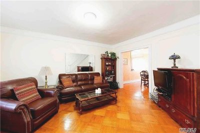 Brooklyn Single Family Home For Sale: 1483 B E 31st St