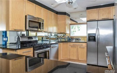 Single Family Home For Sale: 1844 Camp Ave