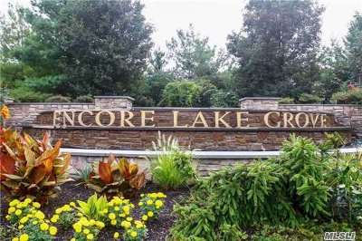 Lake Grove Condo/Townhouse For Sale: 4 Symphony Dr