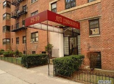 Long Island City Condo/Townhouse For Sale: 25-10 31st Ave #4L