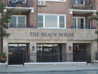 Long Beach NY Co-op For Sale: $224,999