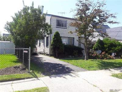Single Family Home For Sale: 10 Charles St