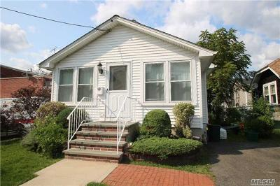 Merrick Single Family Home For Sale: 108 Grand Ave