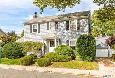 Rockville Centre Single Family Home For Sale: 45 Midwood Road