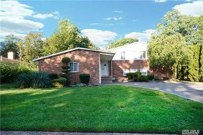 East Norwich Single Family Home For Sale: 35 Gabriele Dr
