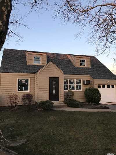 Oceanside Single Family Home For Sale: 3423 1st St
