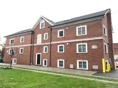 Bayside Condo/Townhouse For Sale: 42-28 214th Pl #1A