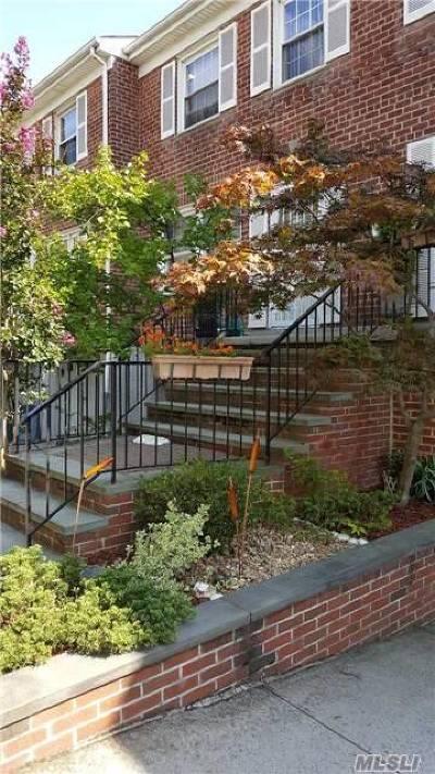 Douglaston NY Condo/Townhouse For Sale: $840,000