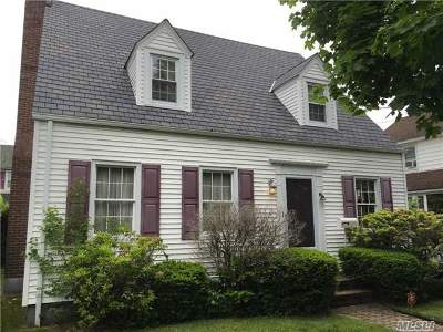 Rockville Centre Single Family Home For Sale: 257 Lincoln Ave