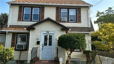 Huntington Single Family Home For Sale: 84 W Pulaski Rd