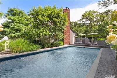 East Hampton Single Family Home For Sale: 12 Rowman Ct