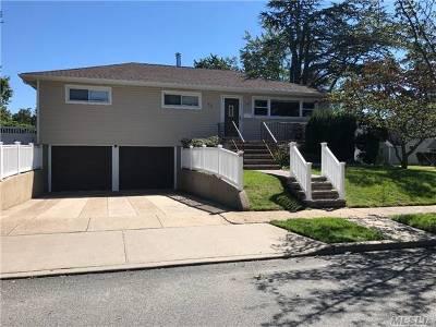 Single Family Home For Sale: 48 Seawane Rd