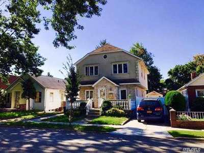 Fresh Meadows Single Family Home For Sale: 175-28 Underhill Ave
