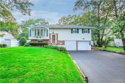 Smithtown Single Family Home For Sale: 24 Rogers Ln