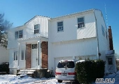 Bellmore Single Family Home For Sale: 3006 Lee Pl
