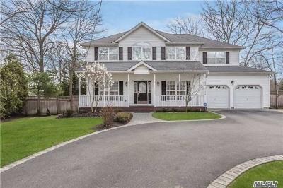 Lake Grove Single Family Home For Sale: 131 Pond Path
