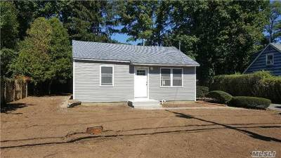 Bay Shore Rental For Rent: 97 Greenwood Rd