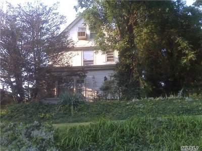 Douglaston, Little Neck, Douglas Manor Single Family Home For Sale: 48-31 Little Neck Pky