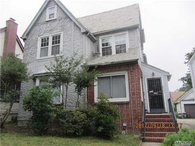 Flushing Single Family Home For Sale: 35-23 171 St