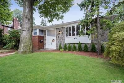 Jamaica Estates Single Family Home For Sale: 84-08 Avon St
