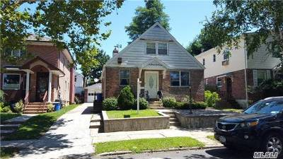 Fresh Meadows Single Family Home For Sale: 50-05 190 St