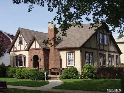 Lynbrook Single Family Home For Sale