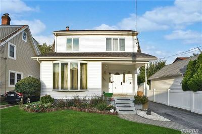 Oceanside Single Family Home For Sale: 2867 Rugby Rd