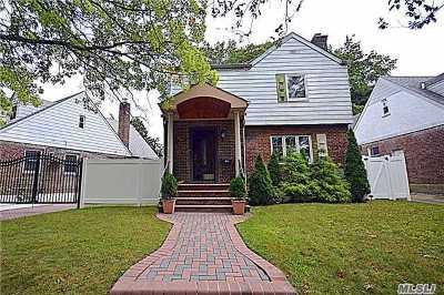 Jamaica Estates Single Family Home For Sale: 81-89 Utopia Pkwy