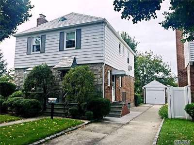 Bayside Single Family Home For Sale: 56-50 215 St