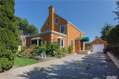 Bayside Single Family Home For Sale: 28-43 214th St