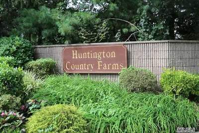 Huntington Sta NY Condo/Townhouse For Sale: $289,000
