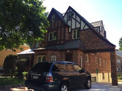 Flushing Single Family Home For Sale: 35-40 164th St