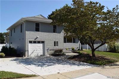 East Meadow Single Family Home For Sale: 521 May Ln