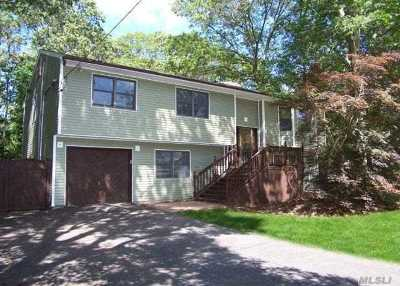 Medford Single Family Home For Sale: 95 Jamaica Ave