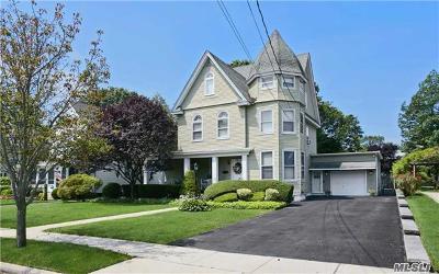 Rockville Centre Single Family Home For Sale: 96 Windsor Ave