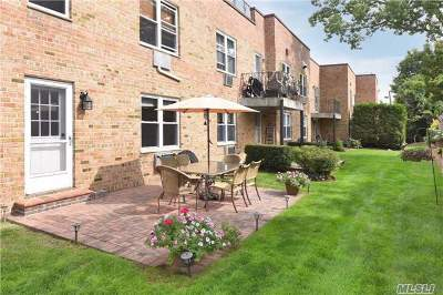 Lynbrook Condo/Townhouse For Sale: 596 Broadway #13A