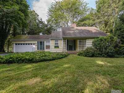 Greenlawn Single Family Home For Sale: 15 Old Hills Lane