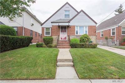 Fresh Meadows Single Family Home For Sale: 65-40 172 St