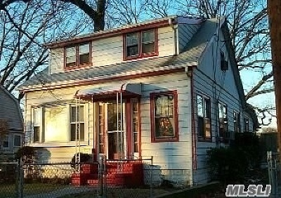 Rockville Centre Single Family Home For Sale: 432 Cornell Ave