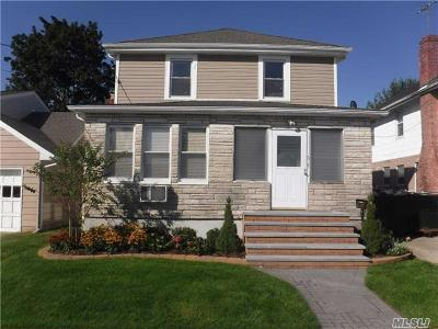 Hicksville Single Family Home For Sale: 6 Elm St