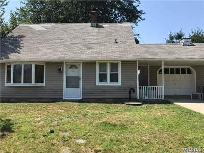Levittown Single Family Home For Sale: 96 Ranch Ln